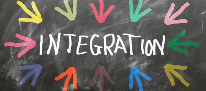 在庫管理システムと様々なシステムをIntegration